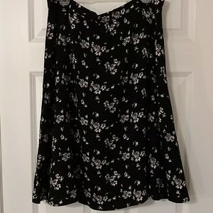 NWT Gap Floral Skirt